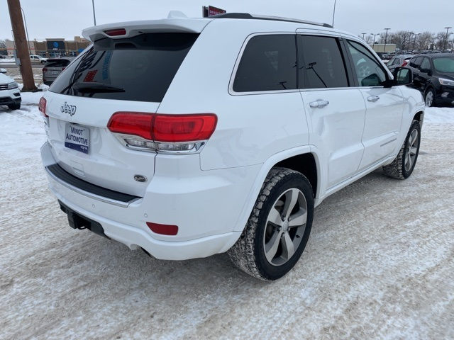 Pre-Owned 2016 Jeep Grand Cherokee Overland