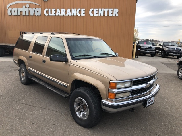 Pre-Owned 1999 Chevrolet Suburban 2500 LS