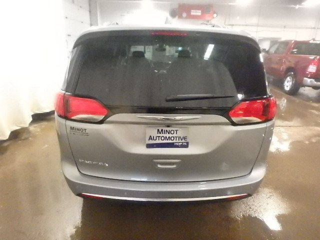 New 2020 Chrysler Pacifica L PLUS