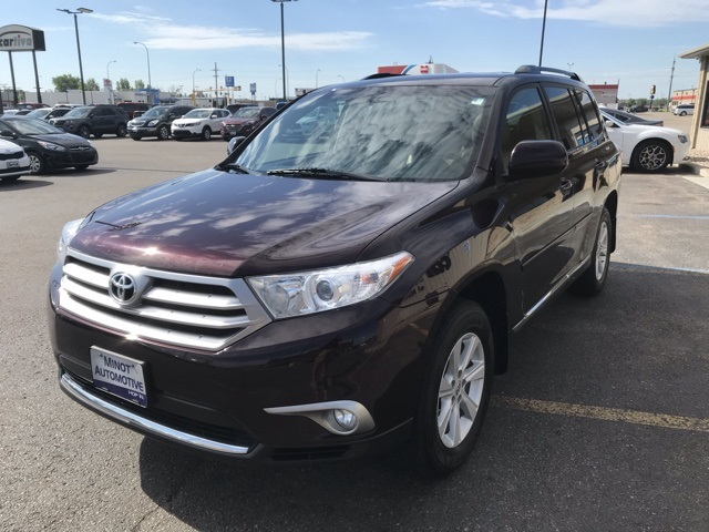 Pre-Owned 2013 Toyota Highlander Base Plus V6