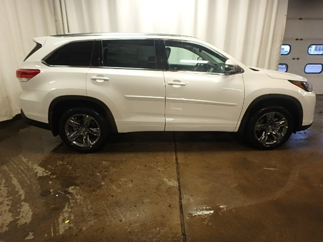 New 2019 Toyota Highlander LTD PLT