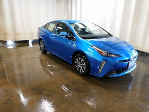 New 2019 Toyota Prius 4WD